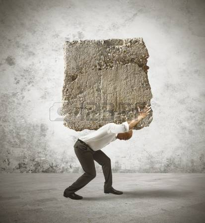 21139694-concepto-de-estr-s-de-un-hombre-de-negocios-con-una-gran-roca